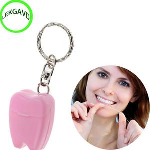 Color al azar 15 M Hilo dental para limpieza dental Kit de higiene bucal Higiene dental Fragancia de menta Llavero de dientes portátil C18112601