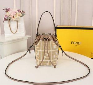 2020 моды для мужчин и женщин, рюкзак, цепь мешок, ведро мешок, 100% кожа Модель: F336 Размер: 12-18-10cm