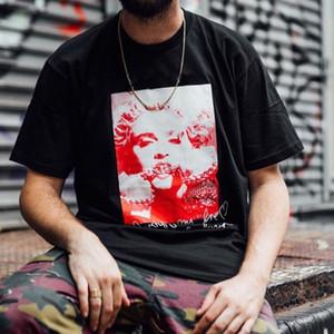 18FW BOX LOGO Week17 chat dans le chapeau T Skateboard T-shirt de luxe Hommes Femmes manches courtes Simple femme Tee HFLSTX337