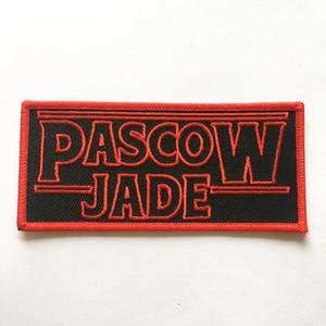 patches stickerei patch bestickte patch customized logo bestickter patch mit nichtgewebter schuppung für kleidung abzeichen patches stickerei