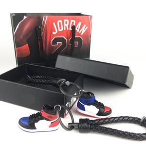 2019 zapatos de baloncesto de alta calidad de plástico suave diy 3 d llavero de parejas creativas zapatos molde