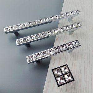 Super Brilhante De Vidro De Cristal 3D Diamante Alças Móveis Sliding Door Gaveta Maçanetas Armários de Cozinha Armário Dresser Push Pull Handle