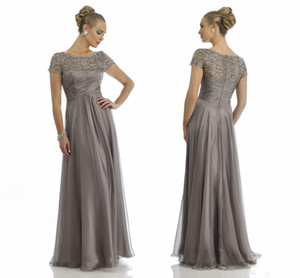 Gray Vintage Sheer Crystal Chiffon Mother Dresses Short Sleeve Rhinestone Ruffles Empire Scoop Neckline Mother Of Bride Groom Dresses