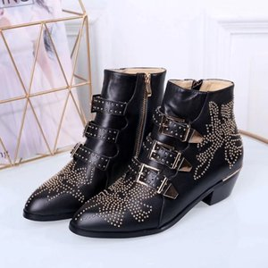 2020 Luxo Susanna Studded Buckle Botas para mulheres Martin botas de inverno de couro genuíno botas de camurça Chunky botas salto de combate