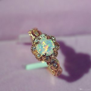 Hot Uphot On Stock Opal Rings European And American Lovers Rings Fashion Jewelry Opal Ring Women Free Shipping