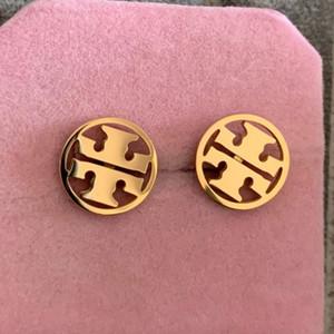 vendita modo di alta qualità in acciaio al titanio ragazze dei ragazzi di Hot rosa Orecchini di oro argento rotondi vuoti lettera per le donne gioielli amanti degli uomini