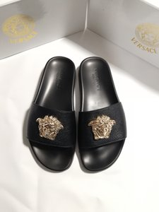 New Color Paris Luxusdesigner Sliders der Frauen Männer Sommer-Sandelholz-Strand-Slide Slippers Damen Flip Flops Loafers Sky Blue Chaussures-6