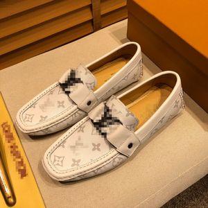 Coiffeur Formal Shoes Men Rhinestone Mens Dress Shoes Sepatu Slip On Pria Loafers Men Wedding Shoes Moda Italiana De Hombre Bona