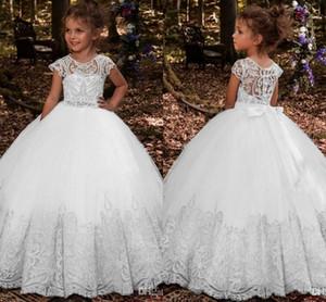 Lovey Holy Lace Principessa Flower Girl Dresses 2019 Ball Gown abiti da prima comunione per ragazze senza maniche Tulle Toddler Abiti da spettacolo