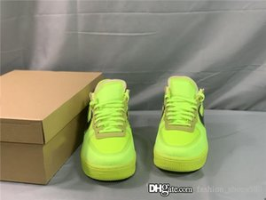 Mens casual sneakers updated version of fluorescent color cool trendy street style casual running sneakers Complete with shoe box