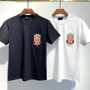 Brand fashion luxury men T-shirt Designer common sense Spring Summer red green stripe letter print tshirt Runway Tees Casual Top T-shirt