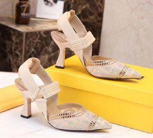 New Fashoin Woman Shoe heels Ladies Flat Female Trend Classics Designer Shoes Elegant Rhinestone Pionted Toes Dress Shoes 001st DI07
