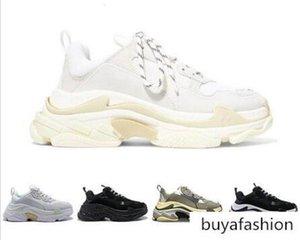 Designer Shoes Moda Paris 17 FW Casual de Triple S Sneaker Mens Mulheres Preto rosa Sports brancas tênis Tamanho 36-45
