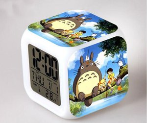 Totoro الجدول على مدار الساعة Totoro المنبه أدى ضوء 7 تغيير لون الالكترونية مكتب مربع الرقمية ووتش ساعة Alram