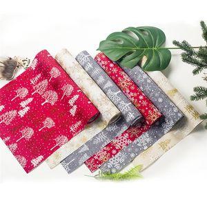 Weihnachten Tabelle Flagge Weihnachts Polyester Snowflake Holly Printed Tischläufer 270 * 30 cm Xmas Party Tischdeko