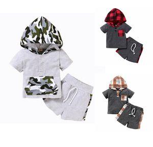 Bebek Giyim Seti Ekose Bebek Kız Kapşonlu Gömlek Şort 2PCS Kamuflaj Çocuk Boy Eşofman Kıyafetler Butik Çocuk Giyim DW5339 ayarlar