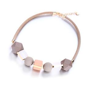 Nouveau Collier Femme Colliers Pendentifs Collier Déclaration Perles bois pour femmes Bijoux Cadeaux collier de bijoux de créateurs de mode cha clavicules