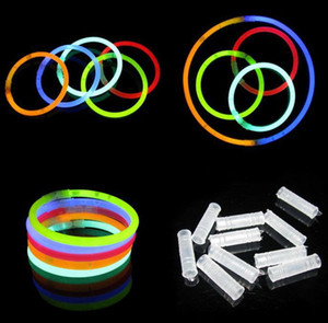 Bastoncini da festa da 200mm Glow Stick Bracelet Collane Neon Party LED Lampeggiante Sticks Bacchetta Novità giocattolo LED Vocal Concert LED Flash Sticks