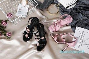 La venta caliente-gladiador sandalias de tacón alto Negro Azul Rosa Mujer tachonado de moda de la boda zapatos de las sandalias de verano correas Flores Zapatos Mujers