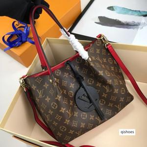 new 11013 MEN WOMEN designer luxury handbags purses Cross Body Clutch messenger Shopping bag shoulder bag Totes Cosmetic Bag