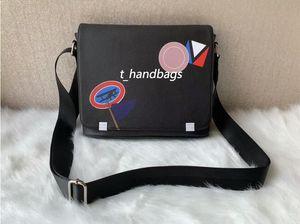 Известный бренд Classic Designer Мода Мужчины Кожаные Сумки Messenger Сумки Cross Body School Bookbag Сумка Сумка 26см