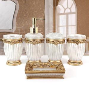 Moda resina Bagno Quattro / Cinque pezzi set dispenser di sapone Portaspazzolino Bagno Wash Set bagno Accessori Sapone di lusso Piatto