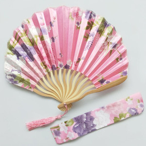 Wedding Vintage Fan with Bag Bamboo Folding Hand Held Flower Shell Shape Fan Japanese Style Fan Party Gifts for Lady Mother Day