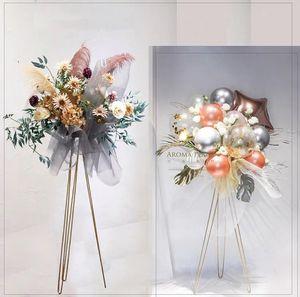 plomb de route de toiles de fond de l'allée de mariage magasin magasin trépied d'or d'art en fer vase fleur porte-panier de fleurs d'ouverture stand de fleurs en métal