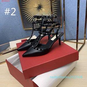 Femmes Goujons Designer sandales talons bas pompe bride cheville mis en cage Rivet 65MM qualité Beat 100% cuir véritable Bas rivets Sexy Party 01d R08