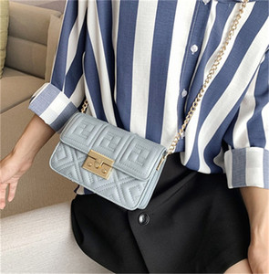 Damenhandtasche stilvolle Schulter-Beutel-Kreuz-Körper-Kette Stickerei Linie Small Square Bag PH-CFY20051835