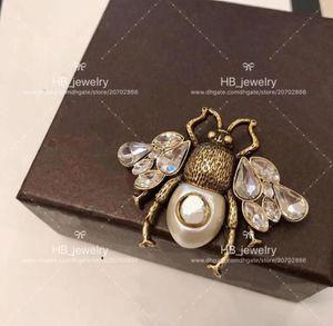 Популярный модный бренд Высокая версия Пчела брошь для леди Дизайн Женщины Партия Свадьба Роскошные Украшения С для Невесты Whit BOX