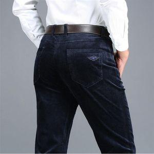 Icpans Big Size 40 42 Pantalones casuales Hombres Pana Invierno 2018 Negro Algodón azul marino Algodón elástico recto Pantalones gruesos para hombre