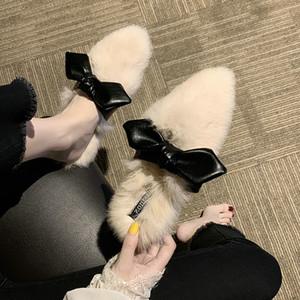 Sapatos EshtonShero Inverno Mulher Chinelos New Mulheres Praça Low Heel Butterfly-Nó Ladies morno mulher Fur calçados casuais Tamanho 4-8