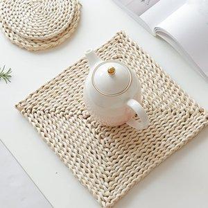 Mısır kürkler makyaj ısı yalıtım mat, sıcak yemek mat önlemek, saman makyaj kumlu kazan mat fincan mat dairesel örgü
