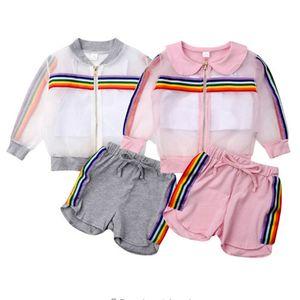Yaz Erkek Kız Güneş geçirmez Coat Şort Giyim Seti Gökkuşağı Çizgili Fermuar Ceket + Yelek + Şort Üç parça Suit Çocuklar Kıyafetler E22504