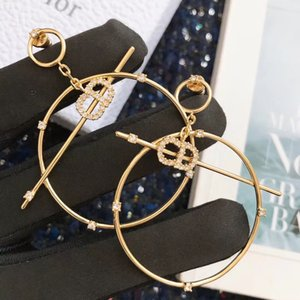 Горячие продажи взрывоопасные простые кольца письмо бриллиантовые дизайнерские серьги роскошные дизайнерские ювелирные изделия женские серьги