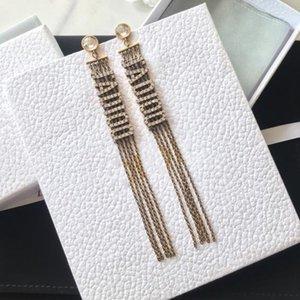 Moda letras clássicas borla diamante brincos jóias retro mulheres brincos