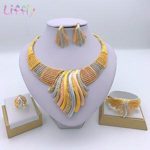 Liffly Novos conjuntos de jóias Multicolor nupciais Casamento do Big Cristal Dubai ouro Conjunto de Jóias para Mulheres Colar Brincos