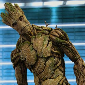 Venta caliente Marvel Gro en la galaxia tutor árbol Hombre Avenger Figuras 40 Cm Pequeña Estatua Resina modelo de juguete