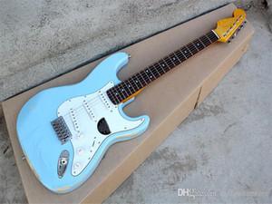 Hot! Fabbrica chitarra elettrica Distressed blu corpo hardware cromato palissandro offerta fingeiboard personalizzata.