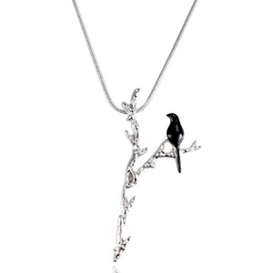 Personalizzato Black Bird on Y-shaped Branch Collana pendente per le donne Lovely Animal Jewelry Snake Chain Unique Bird Necklace 13