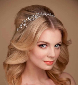 Самое лучшее продавая Bridal европейского диапазона волос ручной Кристалл свадебное платье аксессуары головные уборы Свадебные ручной головной убор