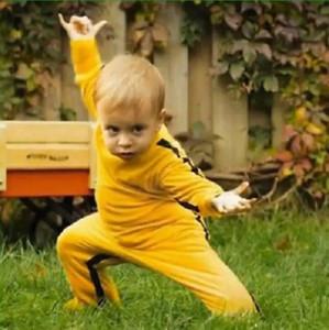 Atacado Manga Comprida Confortável Simples Amarelo Bebê Verão Romper Algodão Macacão Bruce Lee Em Artes Marciais Ao Ar Livre