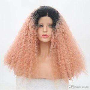 Frente rosa del cordón rizado pelucas sintéticas a prueba de calor del pelo de fibra hecho a mano sin cola Ombre oscuro Raíz rosada sintético lacefront peluca rizada