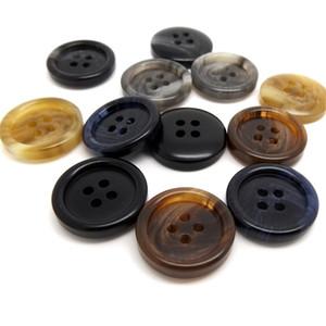 Resina Multicolor Pins Hombres Y Mujeres Popular Universal Botón Pequeño y Exquisito Sólido Múltiples Modelos Portátil Venta Caliente 0 28fyI1