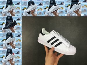 nouveau Vente en ligne Originals Stan Smith Chaussures pas cher Femmes Hommes Cuir Casual Superstars Skateboard Punching Blanc Noir Vert Bleu Chaussures de sport