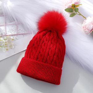 Enfilez Pom Pom Beanie 7 couleurs d'hiver chaud Crochet Beanie Bonnet en tricot de crâne Chapeaux 30pcs OOA7420