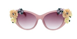 Vintage Baroque Flower Sunglasses Three-dimensional Rose Glasses Beach Resort