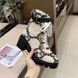 donne del progettista tweed tessuto pelle tacco grosso genuino fibbia Strap ricamato stivale in pelle alla caviglia con la lettera di avvio della cinghia di tweed alla caviglia