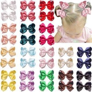 Kızlar Gençler Bebekler Çocuklar için 32pcs 4.5 İnç Saç Yaylar Klipler Premium Glitter İpeksi Şerit Butik Saç Bow Timsah Klipler